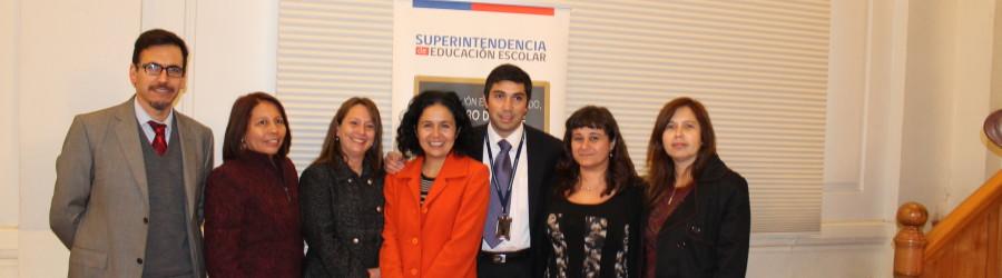 Grupo PACES y Superintendencia de Educación capacitaron para mejorar aplicación de Manuales de Convivencia Escolar