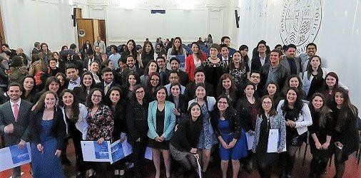 68 nuevos psicólogos recibieron su título profesional PUCV